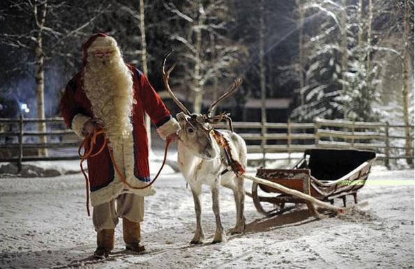 Къде живее дядо Коледа?