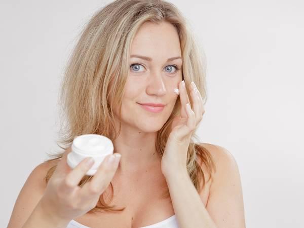 Крем против бръчки от желатин прави чудеса с кожата ви