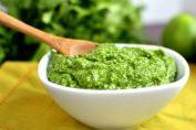 Рецепта за зелено песто от кориандър