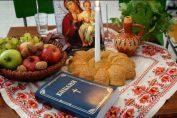 В деня на християнското семейство, наричания за благополучие и успех пазят деня от зло