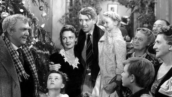 Прекрасен живот по Франк Капра - Най-добрият коледен филм и В 100те най романтични филми за всички времена