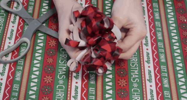 5 трика за опаковане на подаръци, които ще ви спестят излишни пари