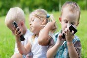 10 стъпки за отдалечаване на детето от телефона