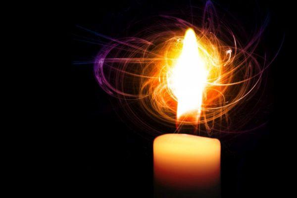 Изчистване на негативната енергия с пламъка на свещ
